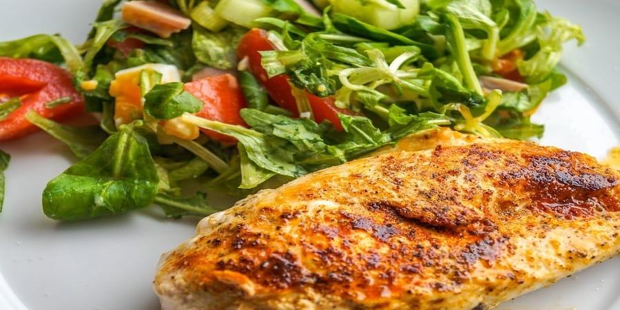 σωστή διατροφή στο εστιατόριο